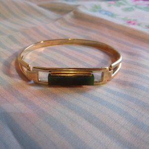Avon Treasured Jade Gold Tone Bracelet 1970s